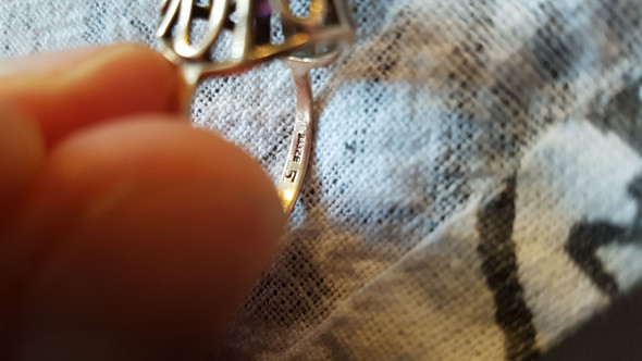 ISt der Ring alt?une was bedeutet ZE 5?