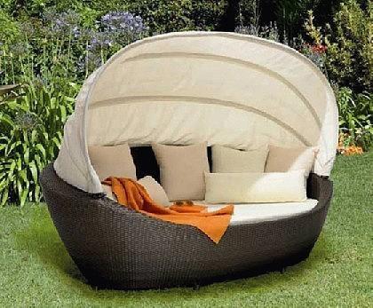 ist die abdeckung wasserfest gartenmoebel rattan. Black Bedroom Furniture Sets. Home Design Ideas