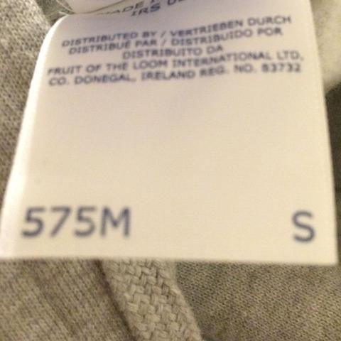 Das Etikett   - (Klamotten, Kleidergröße)