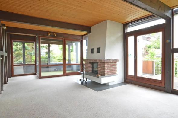 Ist die Nutzung einer bereits überdeckten Terrasse zum Wohnzwecken erlaubt, oder muss man dafür genehmigung holen?