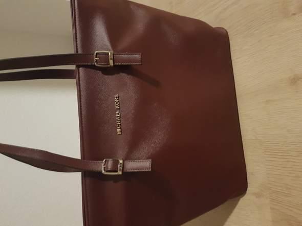 Ist diese Michael Kors Tasche original? (Original oder fake)