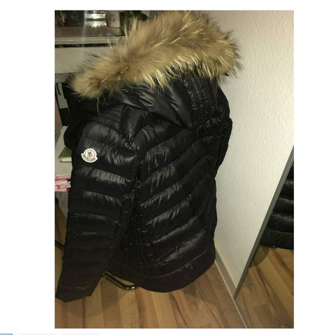 new style c70c5 cca38 Ist diese Moncler Daunenjacke warm genug für den Winter ...