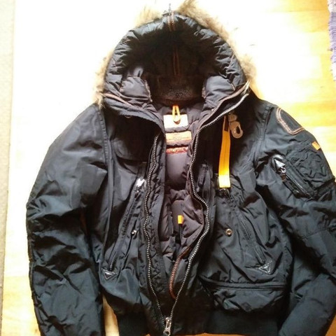 parajumpers counterfeit