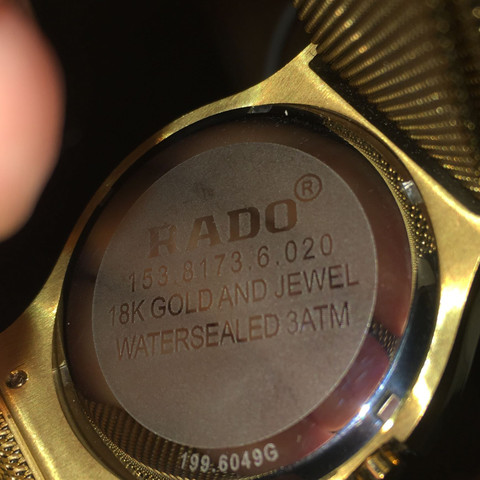 Hier die Seriennummer  - (Uhr, Rado)