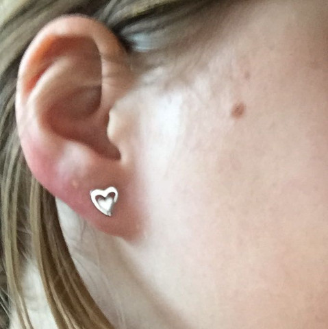 An 2 beiden ohren ohrringe Ohrringe