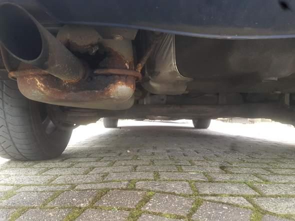 Ist es möglich den Auspuff selber am Auto zu erneuern?