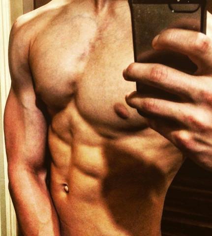 ich brust angespannt und sixpack - (Körper, Muskeln, Bodybuilding)