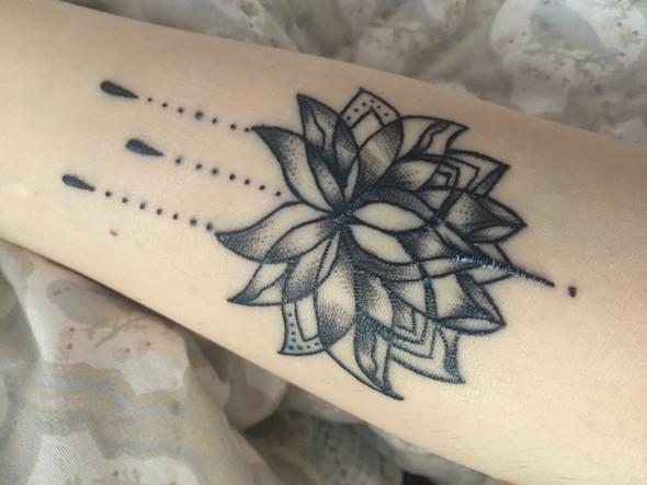 Foto 1 - (Tattoo, Tattoopflege, Vernarbung)