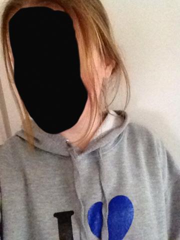 1.Bild: natürliche Haarfarbe (hatte leider kein besseres:() - (Haare, Farbe, färben)
