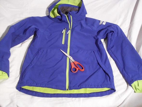 Meine Jacke vor dem zerschneiden - (Mutter, Erziehung, Jacke)