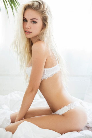 Perfekte Maße - (Schönheit, Scarlett Leithold)