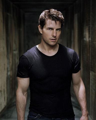 - (Aussehen, Tom Cruise)