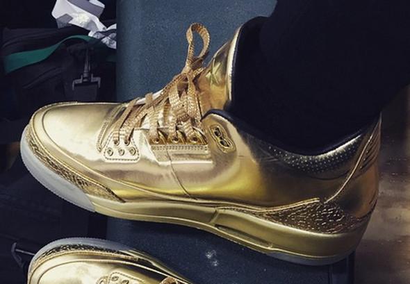 Jordan - (Schuhe, Gold, Jordans)