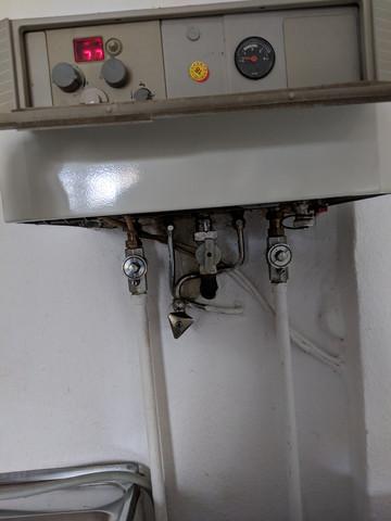 Junkers Gastherme: muss ich Wasser nachfüllen?