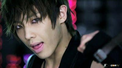 """Lee Joon in """"Y"""" - (Musik, Kultur, Tanz)"""