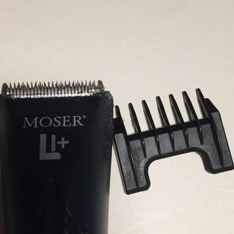 Rasierer mit Aufsatz  - (Technik, Rasierer)
