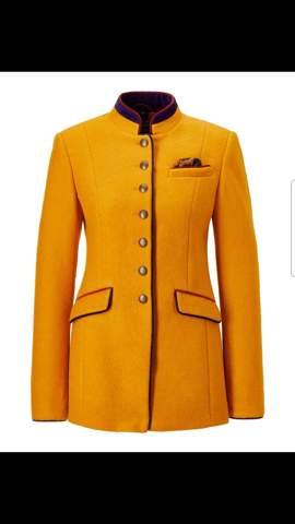 Kann ich  so eine Jacke in der Schule  tragen?