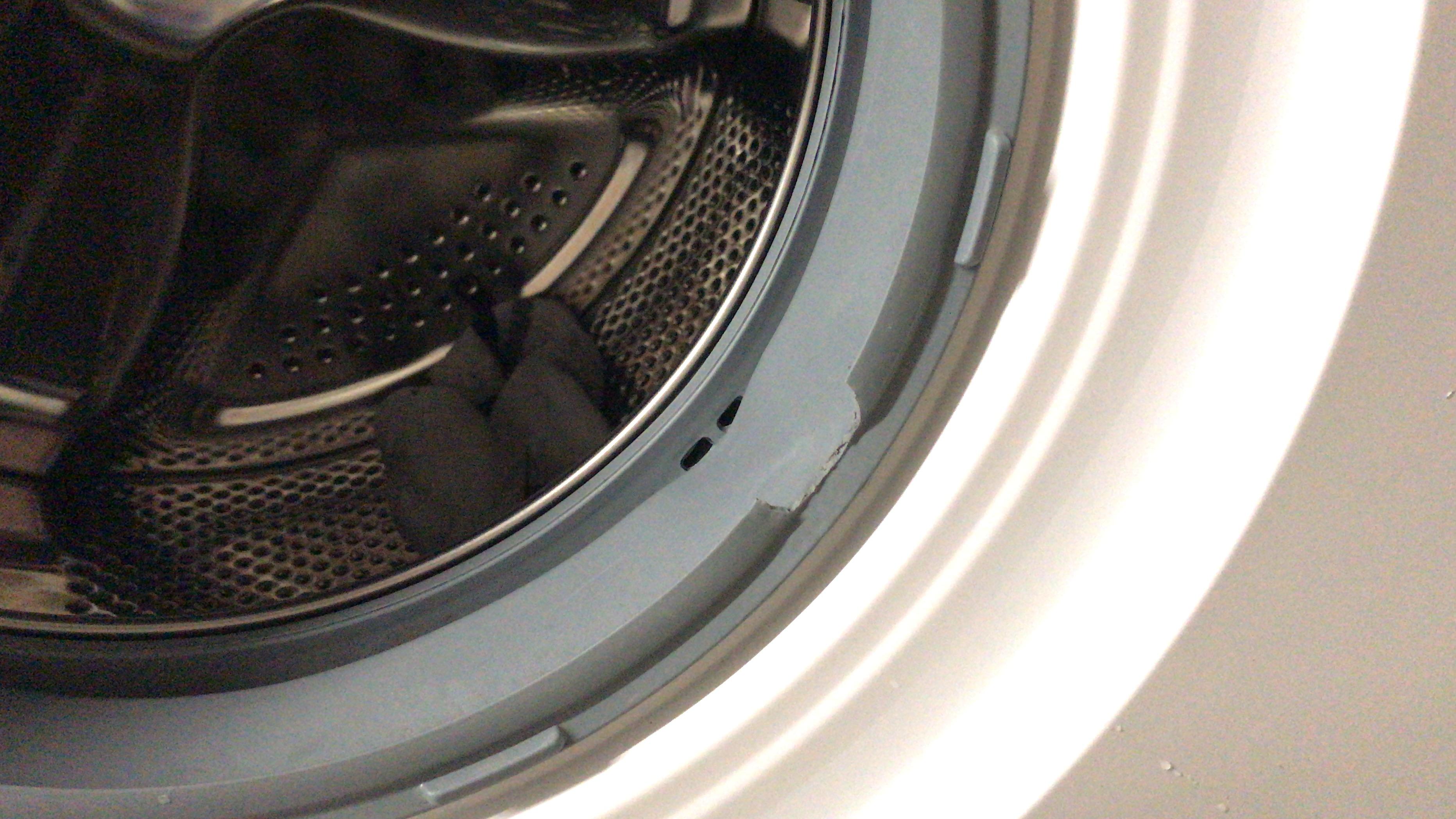 neue waschmaschine stinkt nach gummi wohn design. Black Bedroom Furniture Sets. Home Design Ideas