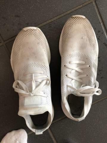 Kann ich diese Schuhe in die Waschmaschine?