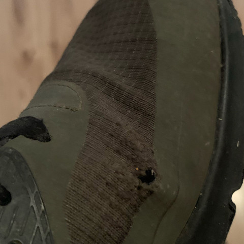 Kann ich diese Schuhe noch retten? Also kriege ich diese Risse wieder unsichtbar?