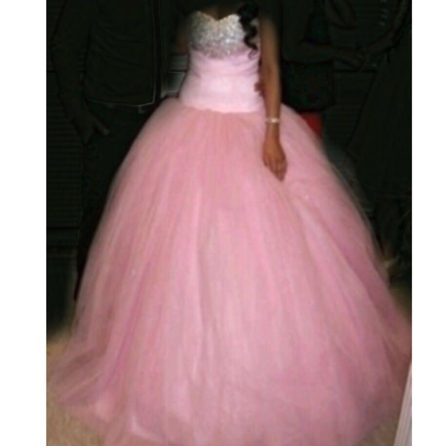 Kann ich dieses Kleid (Bild) zur Hochzeit anziehen? (Mode)