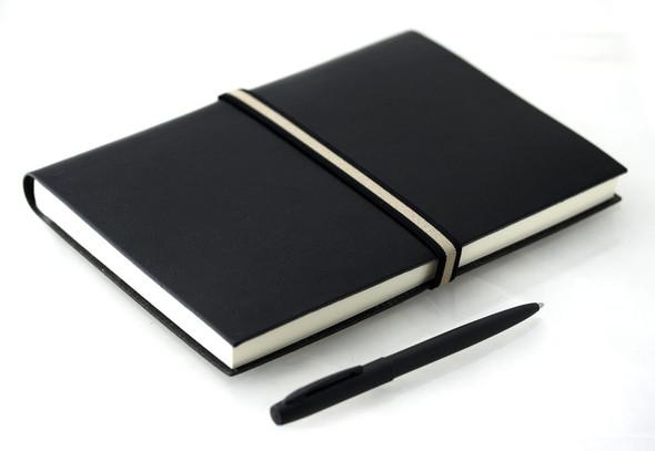 Kann ich ein Notizbuch mit ins Bewerbungsgespräch nehmen?