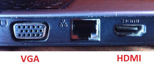 Bei mir sieht die VGA Dose genau so aus, auch ohne öffnungen für die schrauben - (Technik, Playstation 3, Monitor)