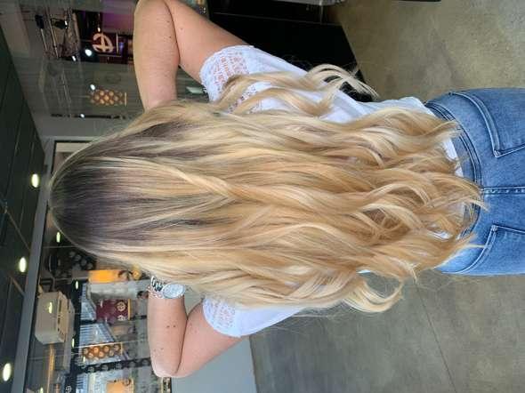 Kann ich meine Haare zurück färben in dunkelbraun?