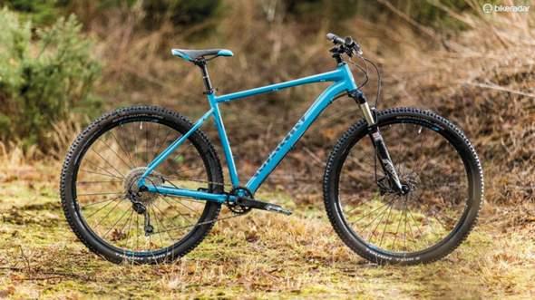 Kann ich mit einem Bobcat Trail Downhill fahren?