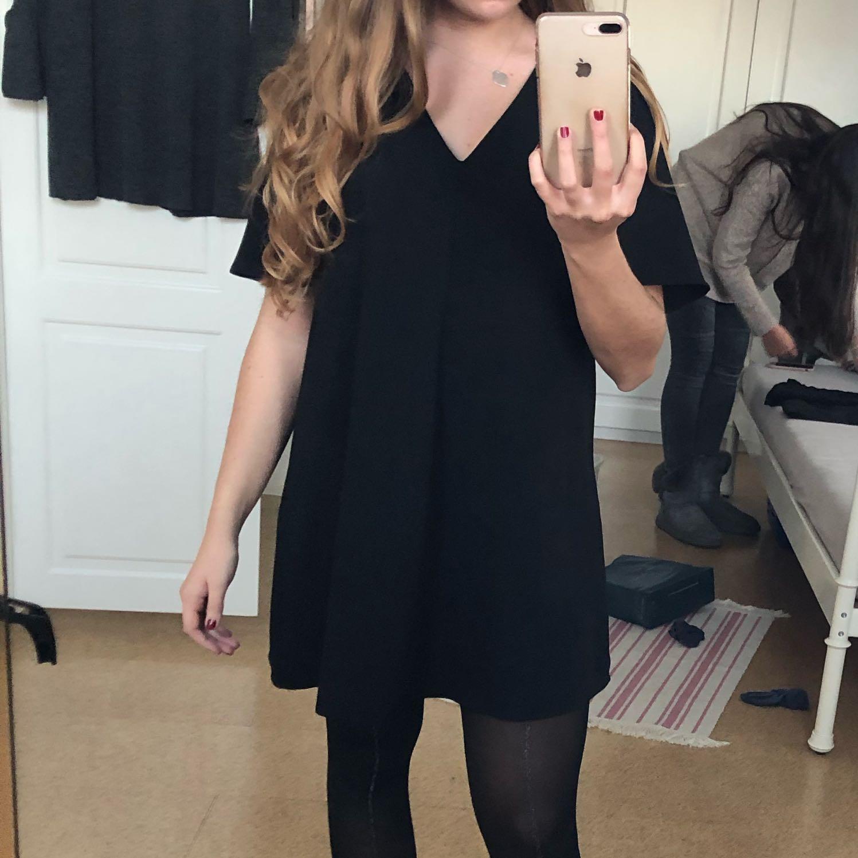 Kann ich mit so einen Kleid feiern gehen? Oder wie findet