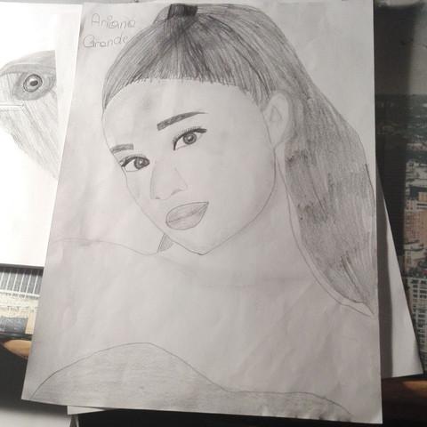 Ariana Grande  - (zeichnen, Rat)