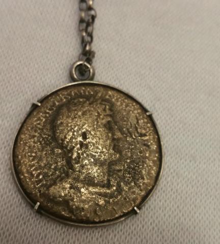 Kann Jemand Helfen Diese Antike Münze Zu Erkennen Schmuck Münzen