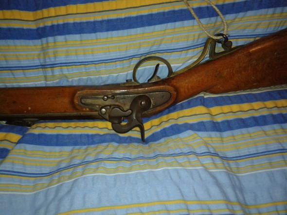 weis jemand über diese Waffe? - (Waffen, Erbe)