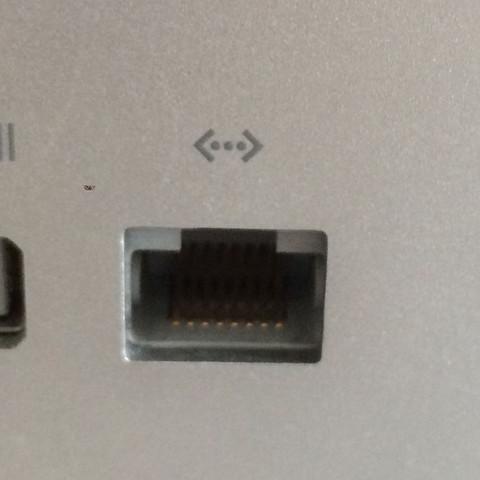 Kann man das Kabel der Philips Hue Bridge auch an den iMac anschließen oder MUSS man das an einen Router anschließen?