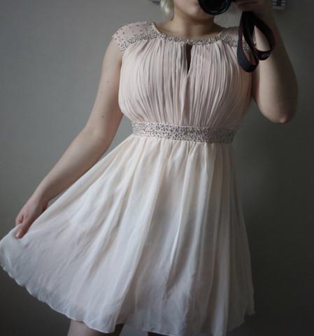 Kann man das Kleid auf eine Hochzeit anziehen?