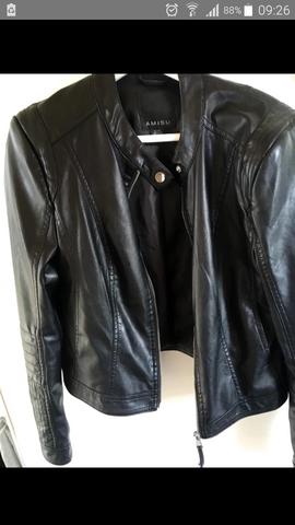 Kann man die Jacke auch als Junge tragen die Jacke ist von Amisu?