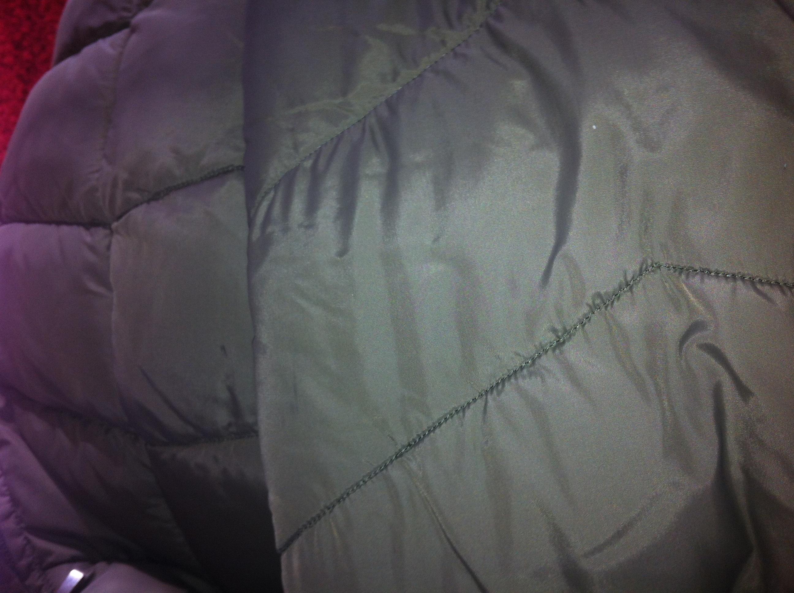 kann man diesen stoff schwarz oder dunkelblau f rben klamotten. Black Bedroom Furniture Sets. Home Design Ideas