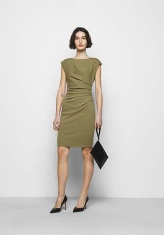 Kann man dieses Kleid zur Konfirmation als Gast anziehen?