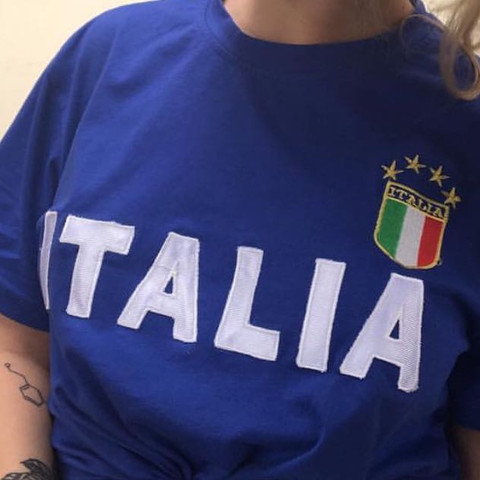 Jdjdkdkndmd - (Mode, Kleidung, Italien)