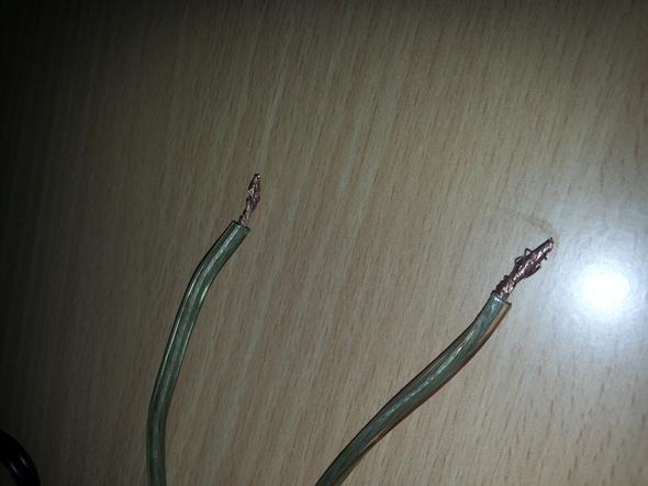 kann man ein Lautsprecher (Kupfer kabel) am PC anschließen
