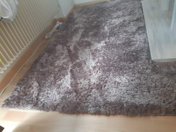 Kann man einen Teppich mit Schere schneiden?