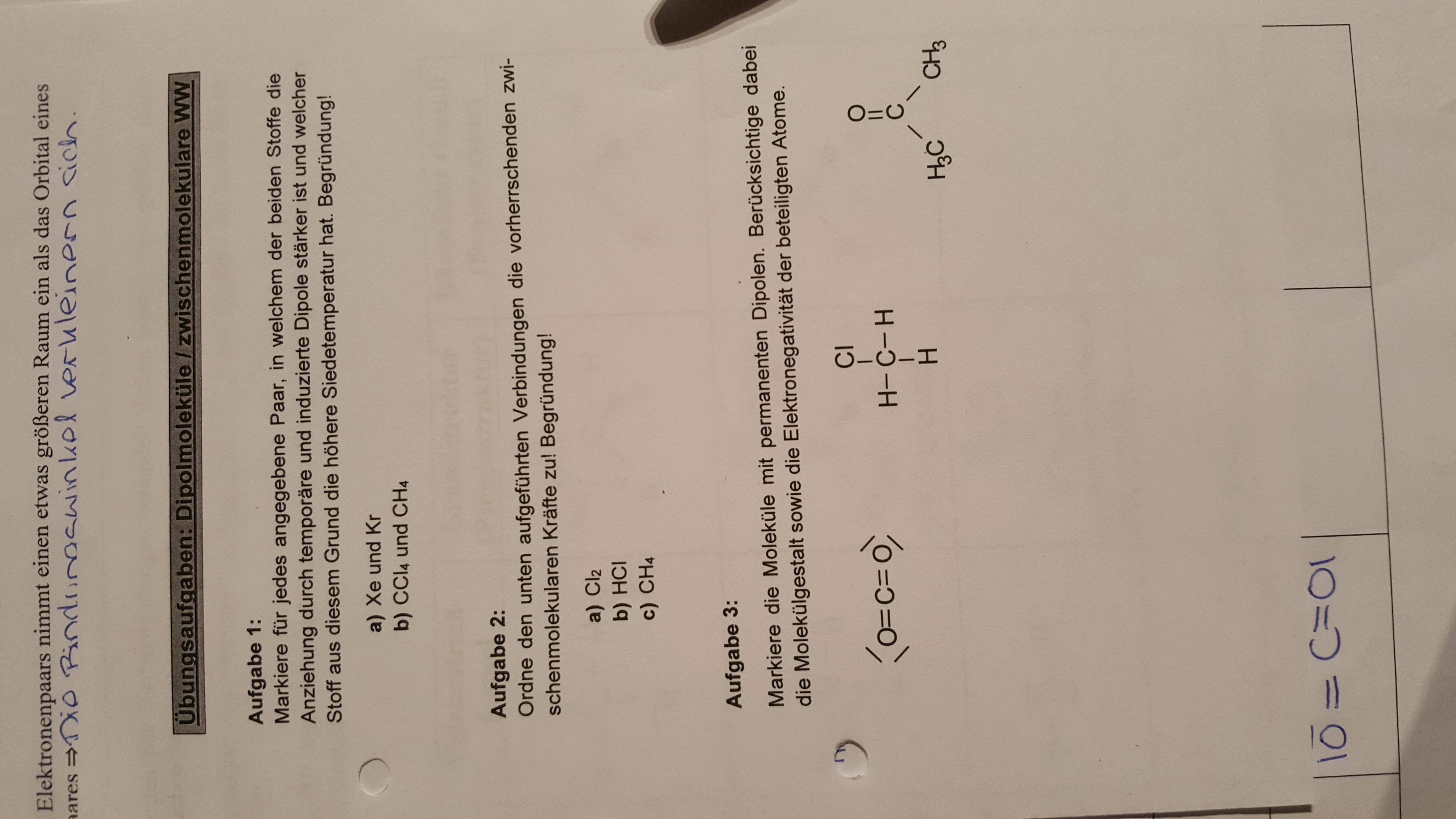 Kann mir jemand bei diesen Aufgaben in Chemie helfen (Dipolmoleküle ...