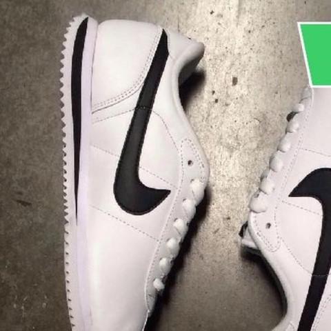 Da die Schuhe  - (Schuhe, Nike)