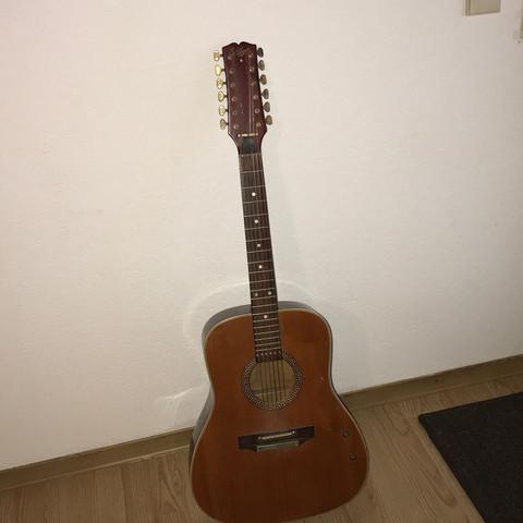 Komplett 2 - (Musik, Geld, Gitarre)