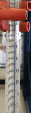 1.Titration - (Chemie, Labor, Bürste)