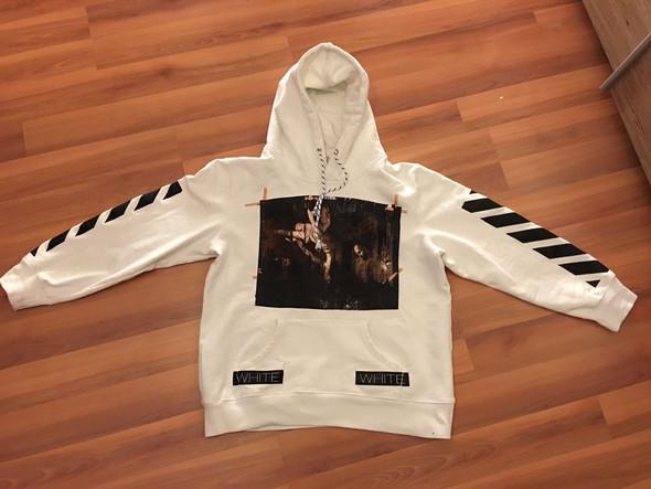 Kann mir jemand sagen, ob dieser off white hoodie original