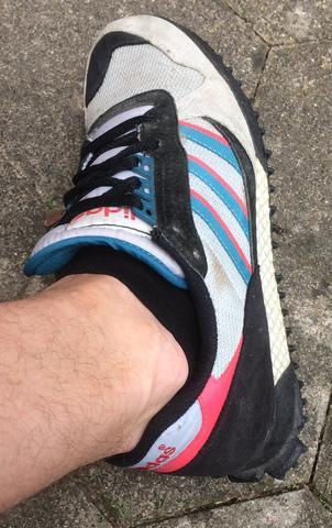 Kann bzw Adidas mir Schuh jemand dieses sagen der Modell wie fy7gbY6