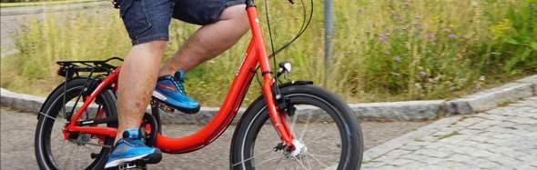 Kann mir jemand sagen wie man dieses Fahrrad nennt oder die art dieser Fahrräder?