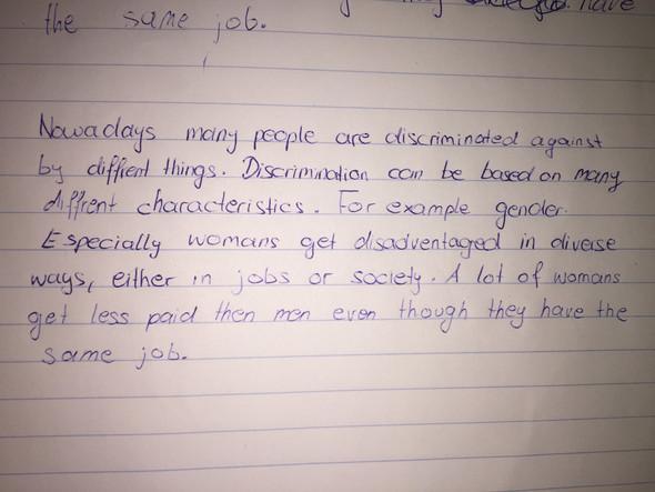 Kann mir wer bei einem Englisch aufsatz helfen?