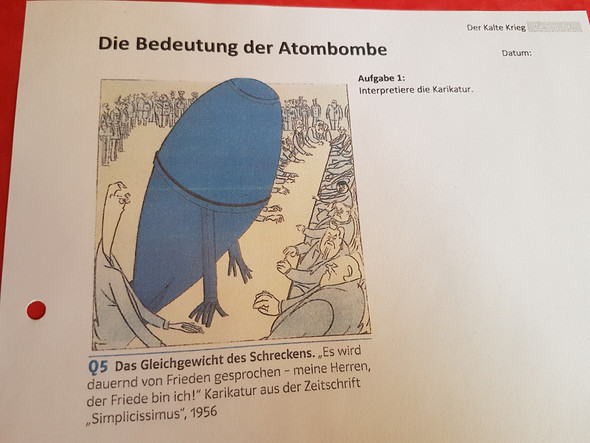 Karikatur Interpretieren Kann Mir Jemand Bitte Helfen Geschichte